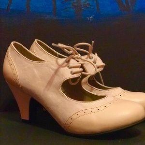 ModCloth Light Pink Vintage 50s Heels